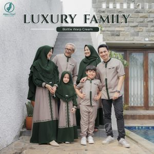 model baju seragam keluarga untuk lebaran 2021